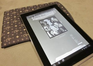 Reading The Family Man webcomic on an ios Device Asus Tablet
